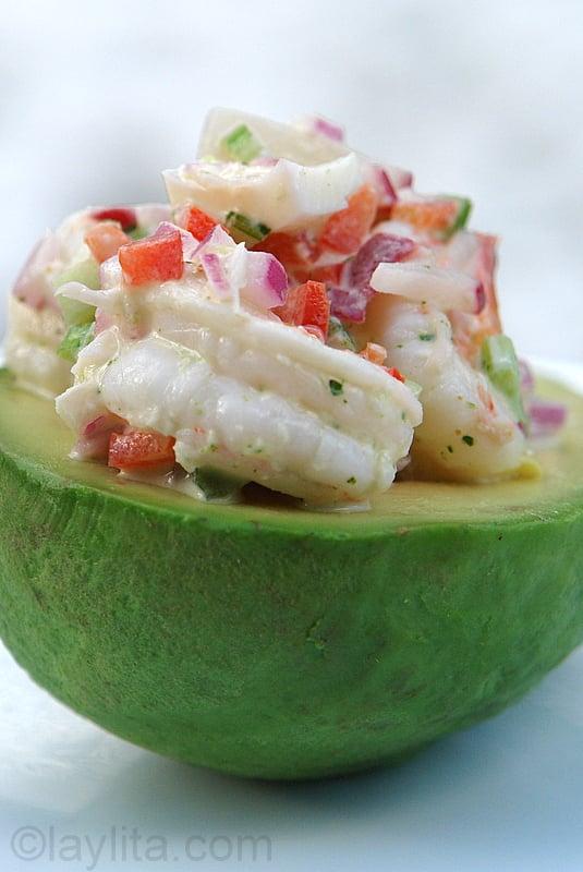 Shrimp stuffed avocado {Aguacate relleno con camarones ...