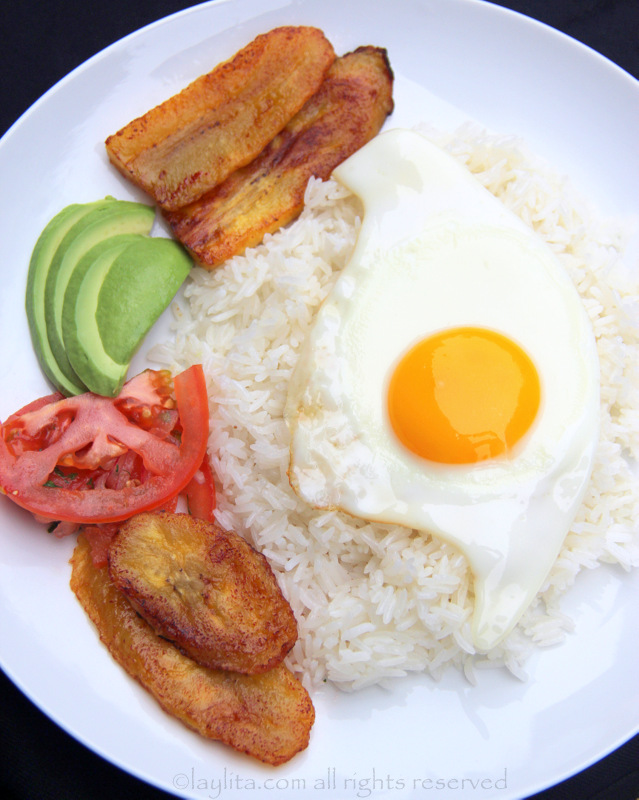 Arroz con huevo frito or rice with fried egg