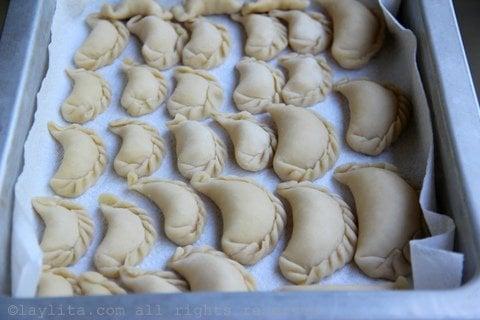 Se pueden hacer empanadas medianas o chiquitas