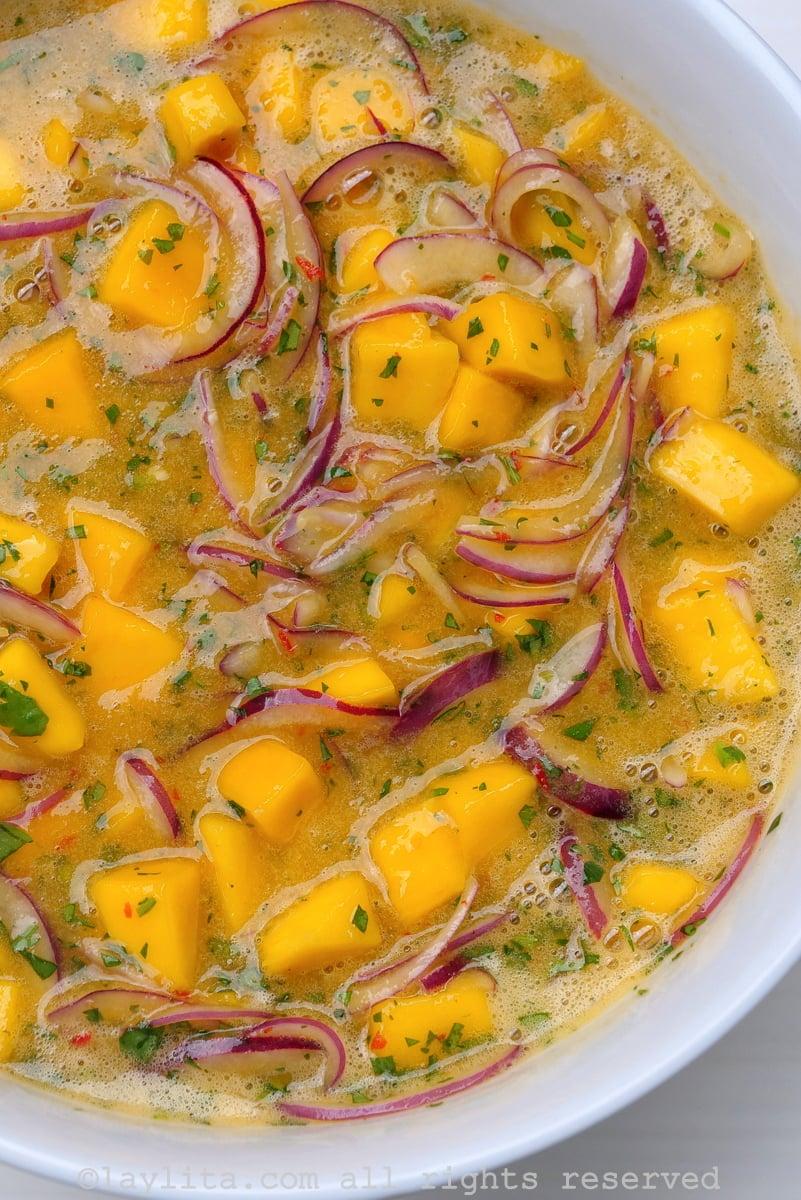Vegan mango ceviche
