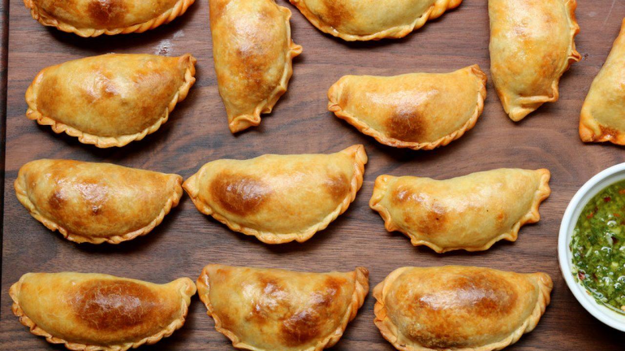 American Pie 5 Una Fiesta De Pelotas empanadas mendocinas {argentine beef empanadas}