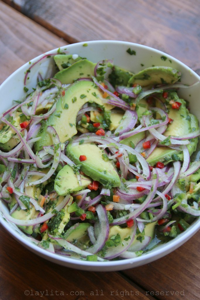 Avocado chunky salsa for grilled fish