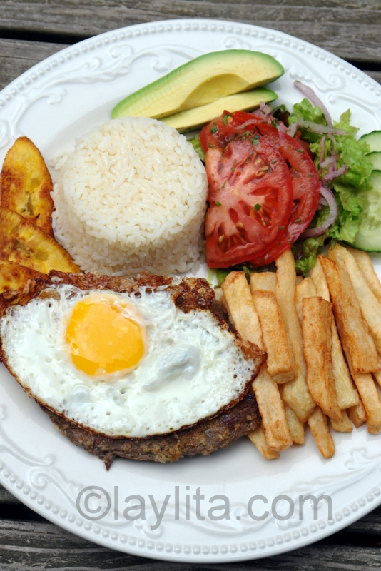 Ecuadorian churrasco or steak with egg
