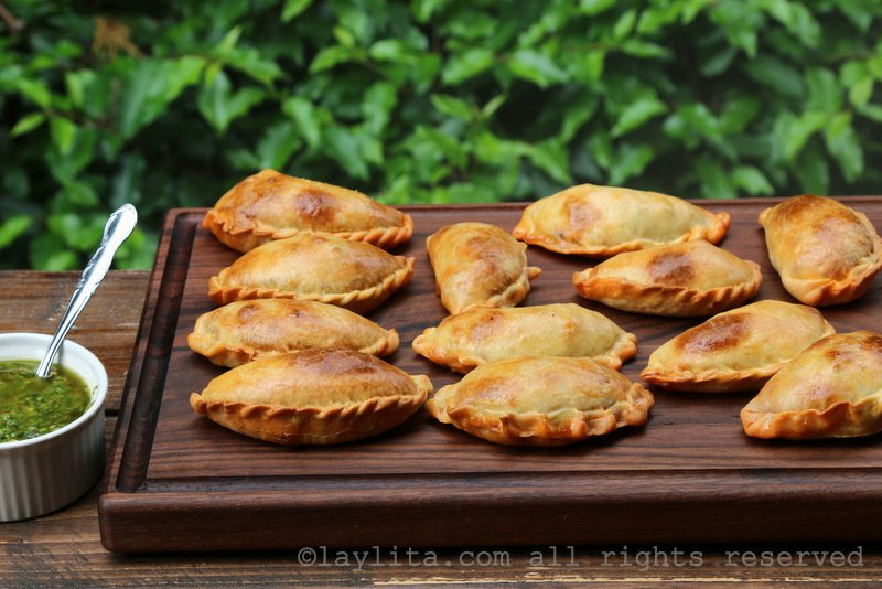 Empanadas mendocinas with chimichurri sauce