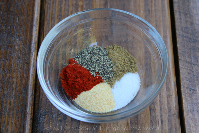 Seasoning mix for grilled salmon