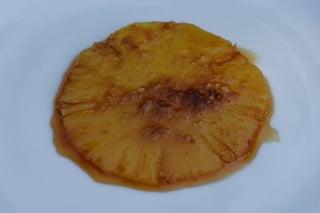 Préparation du flan: ananas