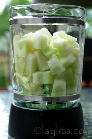 Honeydew melon for a sparkling drink