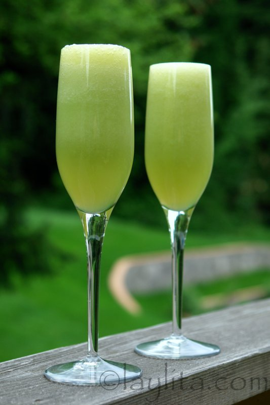 Bellini cocktail made with melon