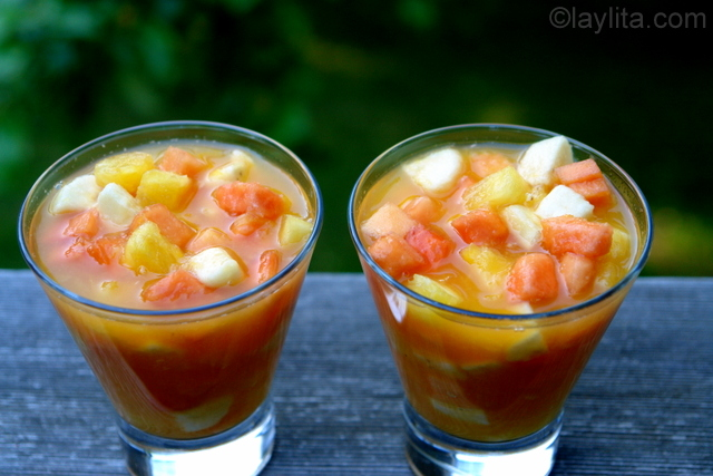 Salada de fruta refrescante de verão