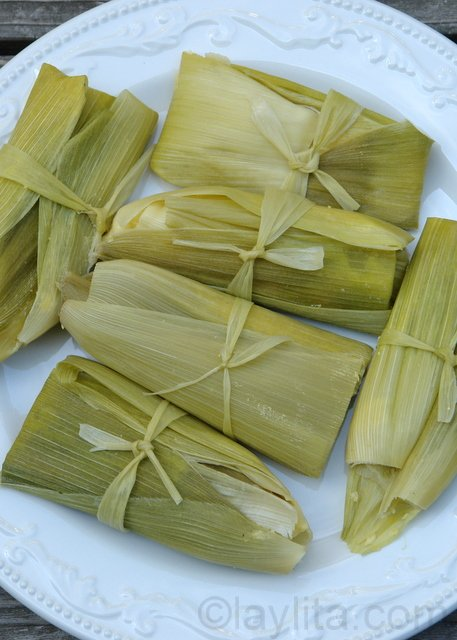 Humitas or steamed fresh corn cakes / Fresh corn tamales