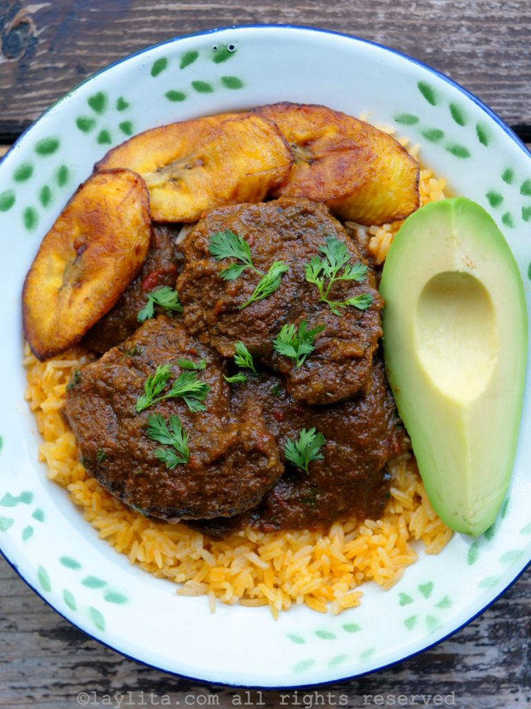 Beef stew with tamarind and beer