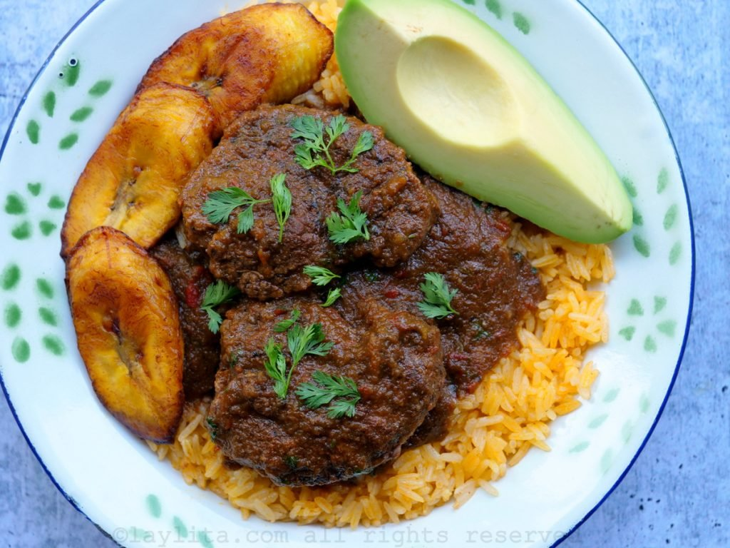 Ecuadorians seco de carne recipe