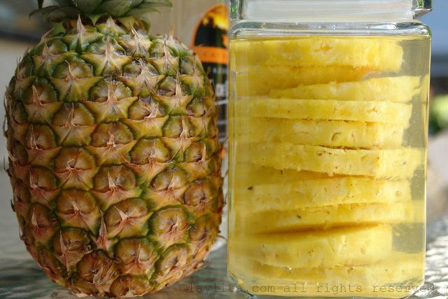Ananas infusé dans la cachaca