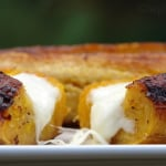 Baked ripe plantains with cheese