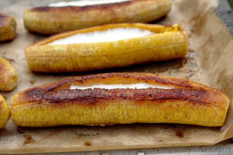 Baked plantains with cheese from Laylita.com