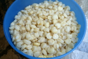 Boiled mote or hominy