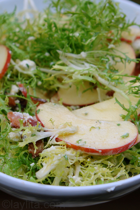 Apple, goat cheese, and bacon salad recipe