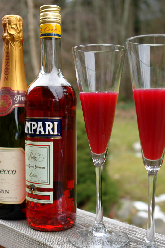 Bubbly campari cocktail preparation