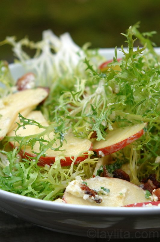 Frisée, apple, bacon and goat cheese salad
