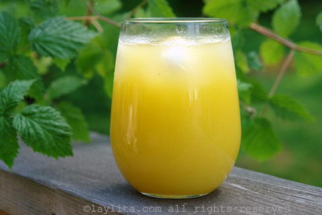 pinepple-juice-prep-3