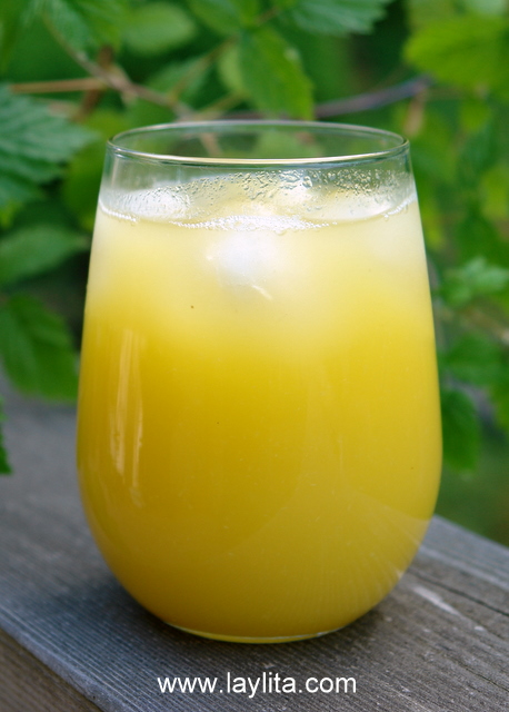 Jugo de piña or homemade pineapple juice