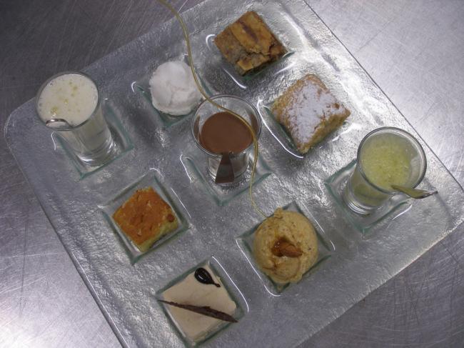 Dessert tasting platter