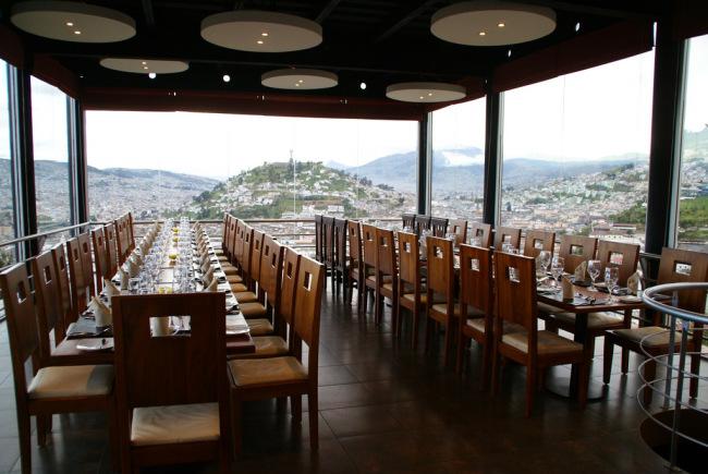 El Ventanal tables set up for presidential event