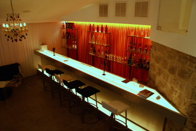 Lounge bar at Alkimia