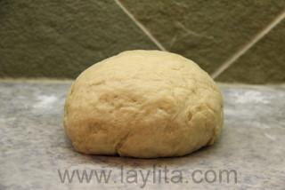 Massa pronta para as guaguas de pan