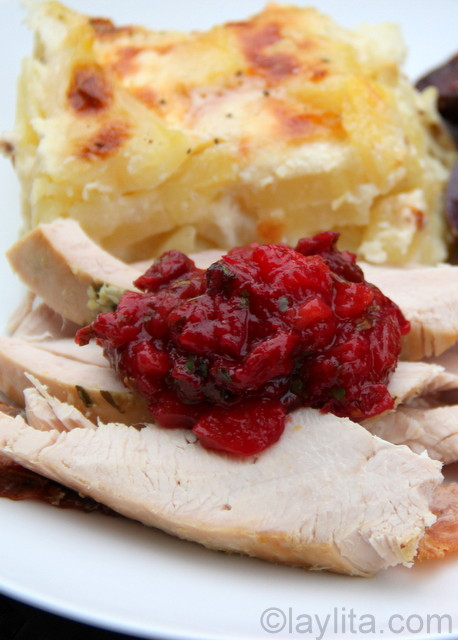 Turkey with side dishes for Thanskgiving