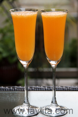 Mandarin, tangerine or clementine mimosa cocktail