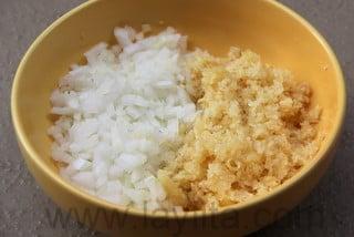 Préparation du riz aux fruits de mer 1