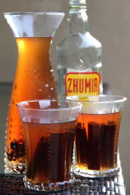Ecuadorian canelazo or spiced cinnamon drink