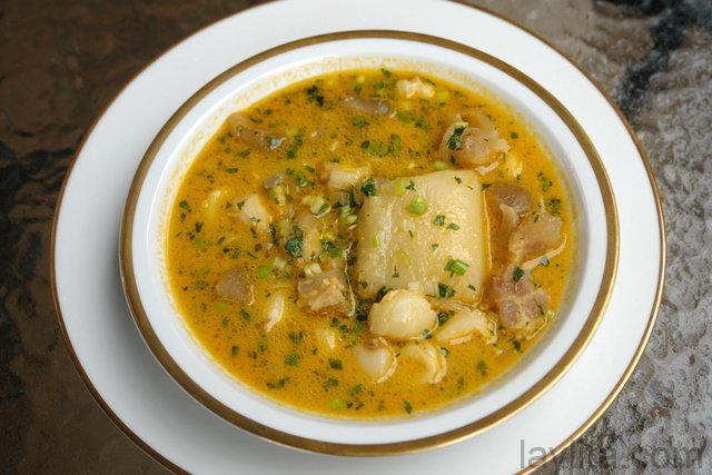 Caldo de pata or cow feet soup