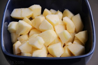 Peel, core and cut the apples into chunks