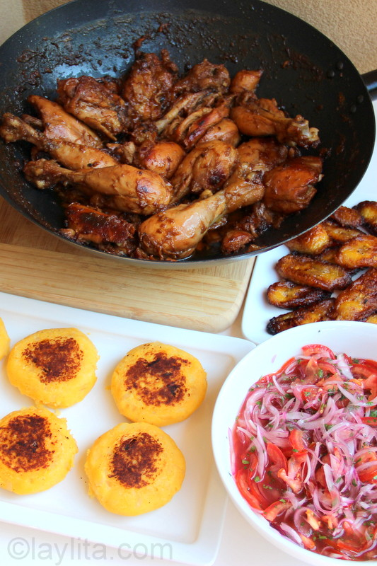 Chicken fritada with side dishes