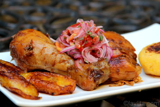 Fritada de gallina with plantains and curtido