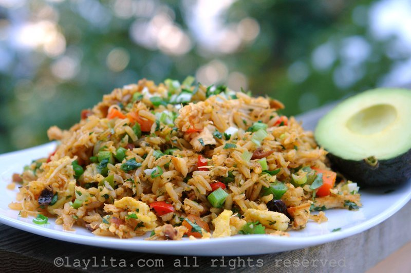 Chaulafan de pollo or chicken fried rice laylitas recipes chaulafan de pollo ecuadorian chicken fried rice ccuart Image collections