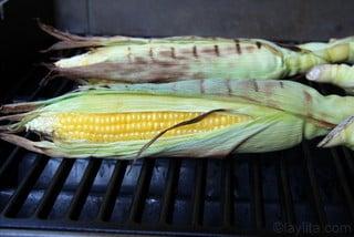 Preparação de milho grelhado