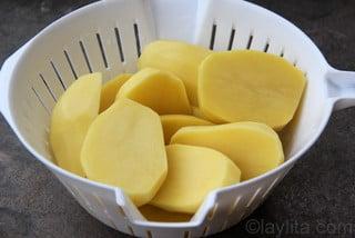 Pommes de terre pour préparer le Molo