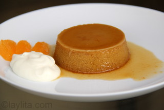 Photos of pumpkin flan preparation