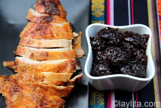 6- Christmas prune sauce with turkey