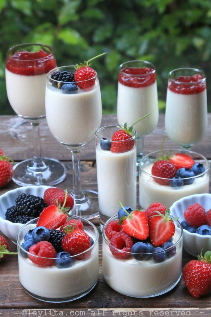 Italian pannacotta with berries