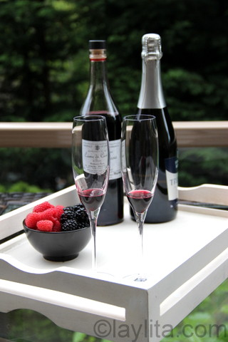 Use about 10 ml of blackcurrant liqueur for each kir drink