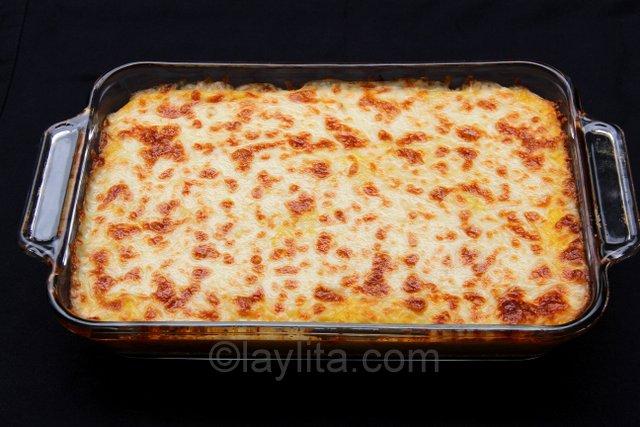 Pastel de choclo con queso or pastel de humita