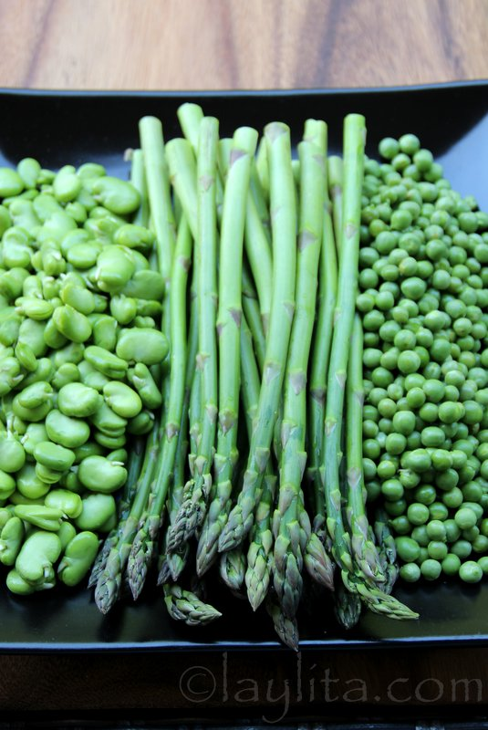 Fresh asparagus, fava beans and peas