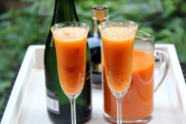 Peach Bellini Cocktail