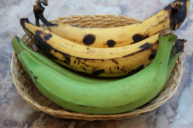 Green plantains and ripe plantains