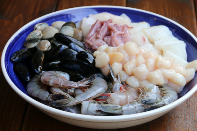 Mixed seafood for spaghetti or tallarines