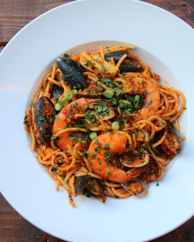 Mixed seafood spaghetti recipe
